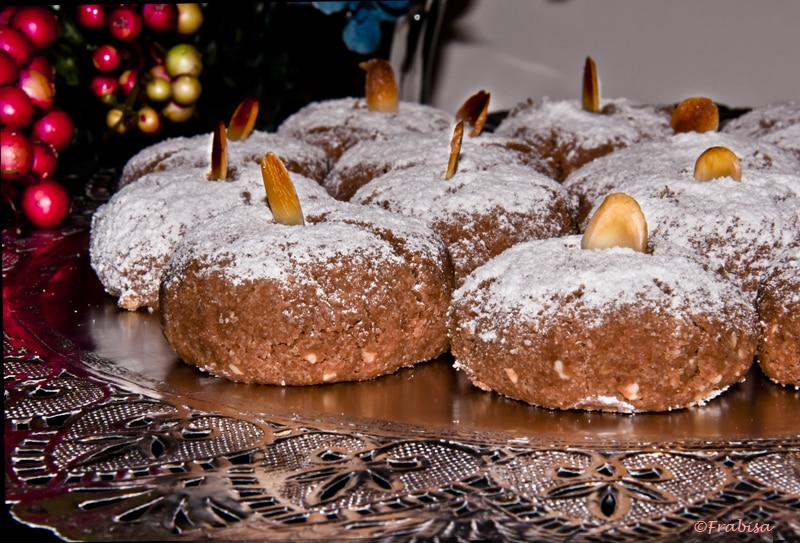 Holiday foods in spain an insiders spain travel blog spain food mantecados and polvorones forumfinder Choice Image
