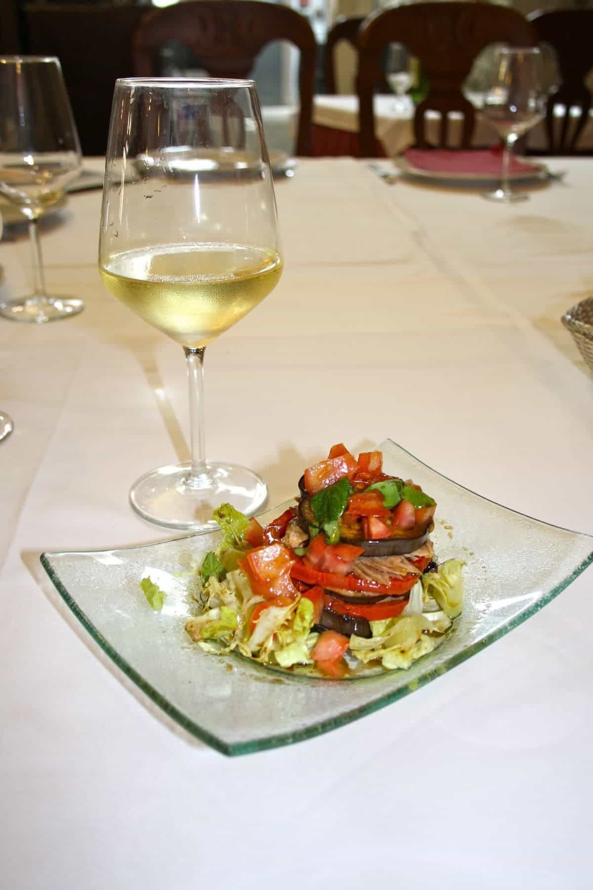 To Tip or not to Tip? What to Expect in Spanish Restaurants