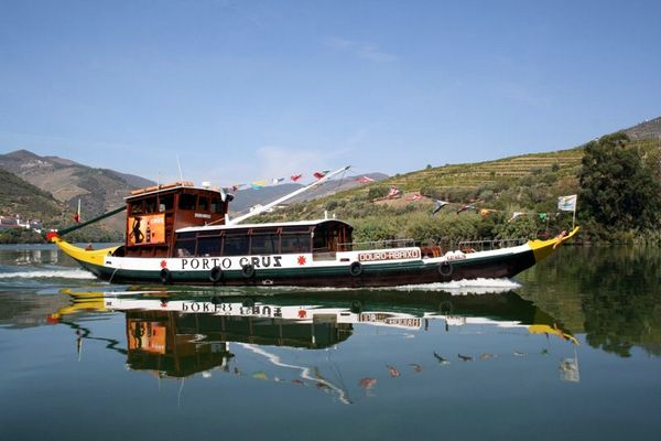 Boat cruise Douro River