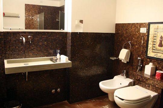 Bathroom at Il Convento dei Fiori di Seta