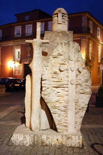 statue guimaraes