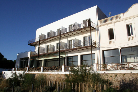 Hostal Empuries Hotel