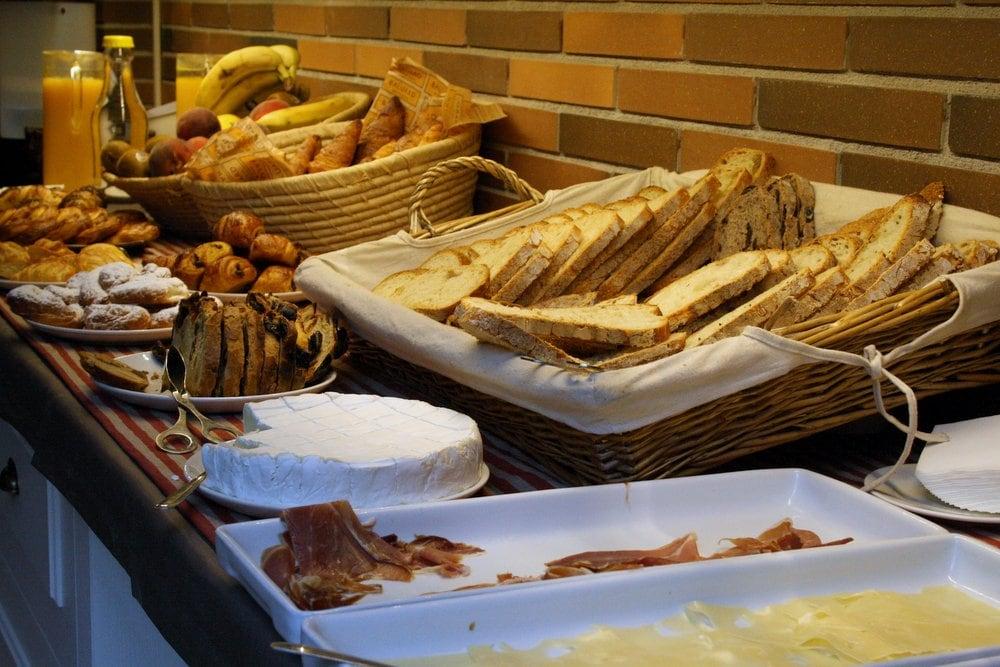 Praktik Bakery hotel buffet