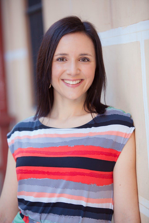 Lauren Aloise Spanish food blogger