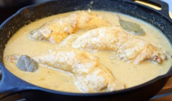A must try Spanish chicken in almond sauce recipe.