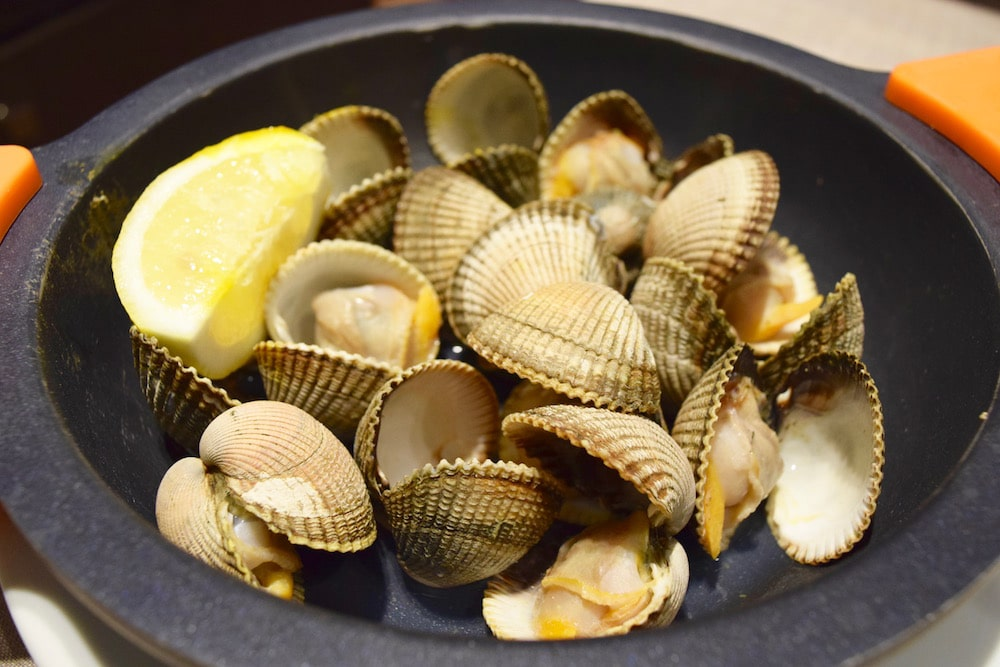 Berberechos, or cockles, are some of the most underrated types of seafood in Spain!