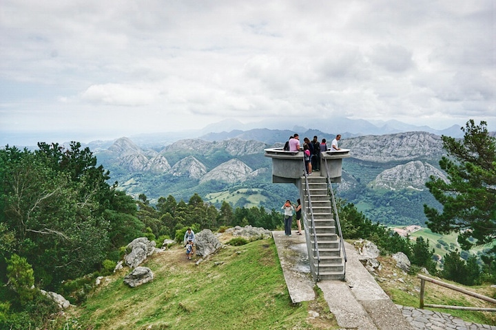 Mirador del Fito is a beautiful view in Asturias. You must see the Picos de Europa from here!