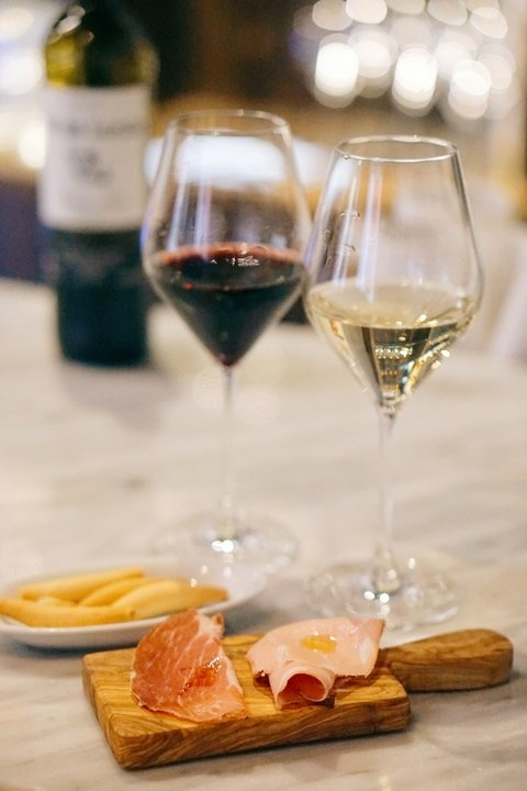 best wine bars in Madrid