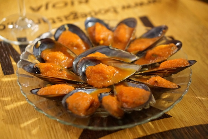 Spicy mussels in Vigo