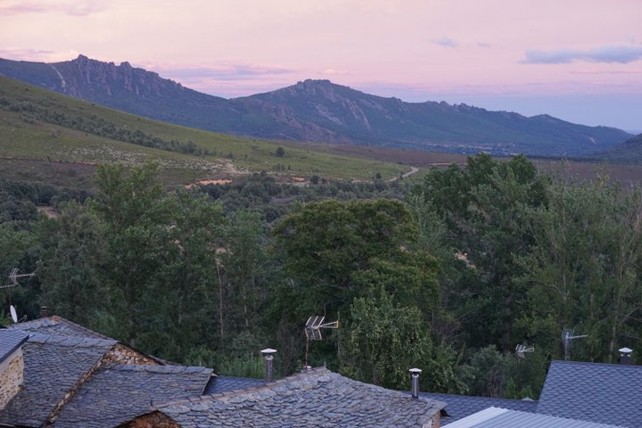 Sunset of the mountains of Pozos Leon