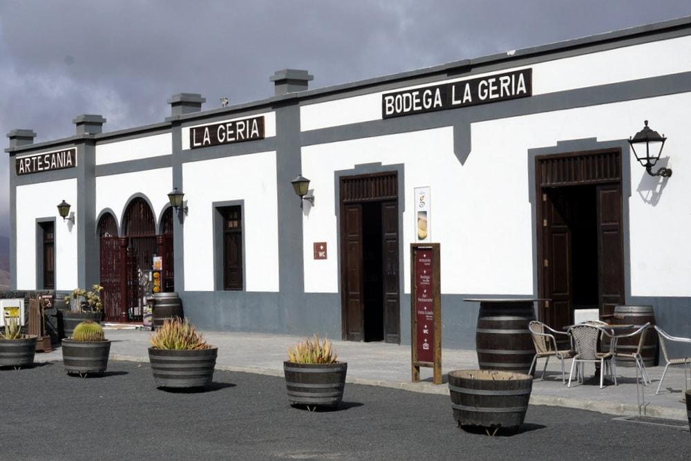 Lanzarote winery tour Bodega La Geria