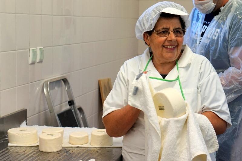 Cheese making at Parador Casa da Ínsua