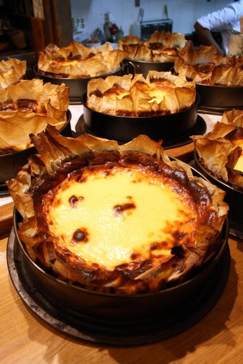 Cheesecake in San Sebastian food tours