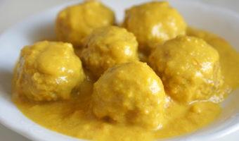 Meatballs in Almond Sauce Recipe – Spanish Albóndigas en Salsa de Almendras