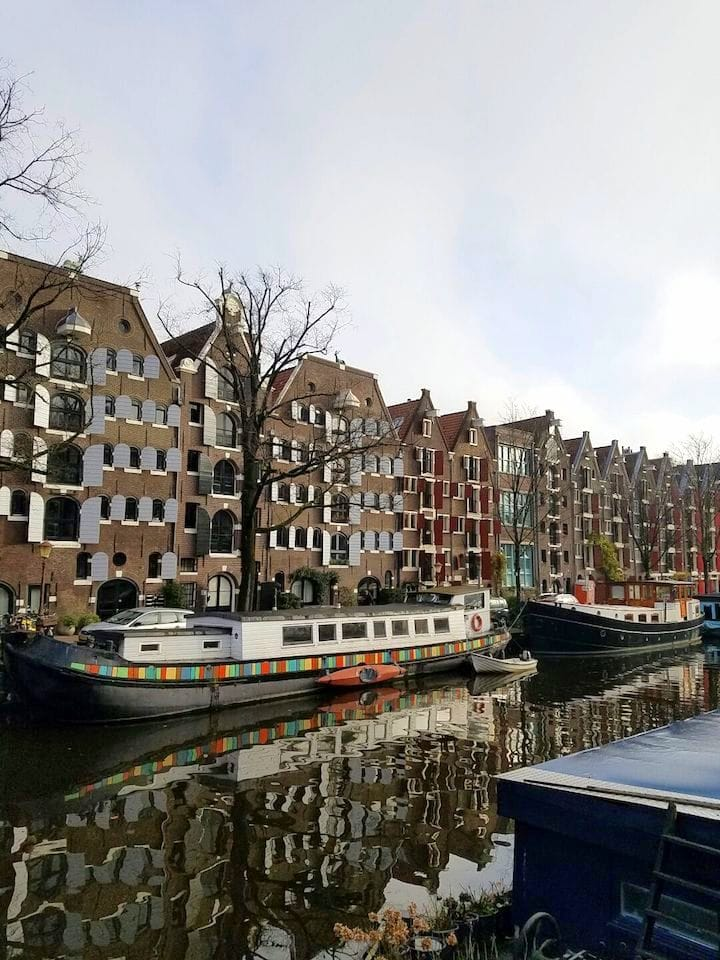 must try foods in Amsterdam - canals in Amsterdam