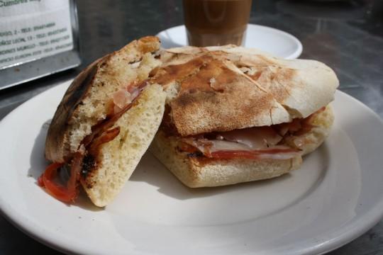 Mollete de Antequera, Spanish breakfast, foods in Malaga