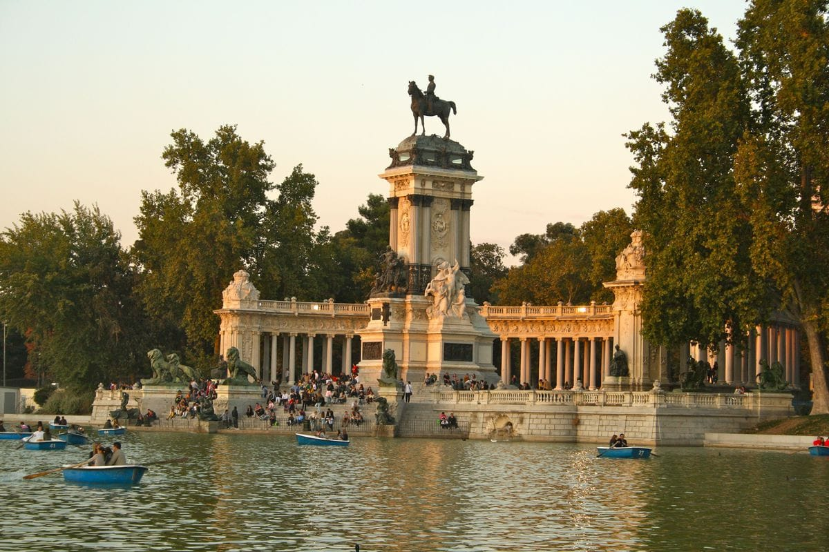 What to do in Madrid: Visit Retiro Park