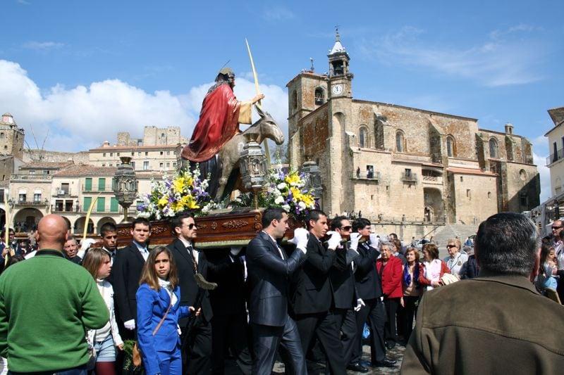 Trujillo Semana Santa Procession