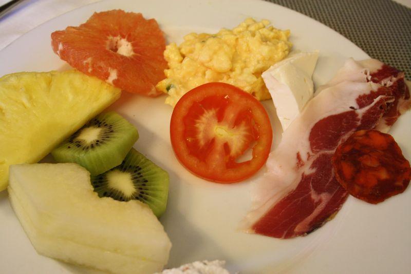Villa Olmedo Breakfast Buffet