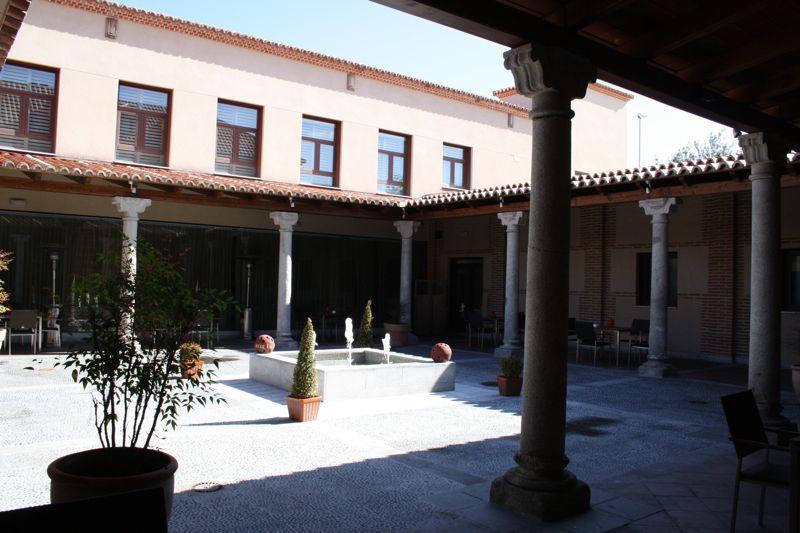 Villa Olmedo Patio