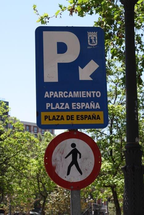 Plaza España Parking Garage