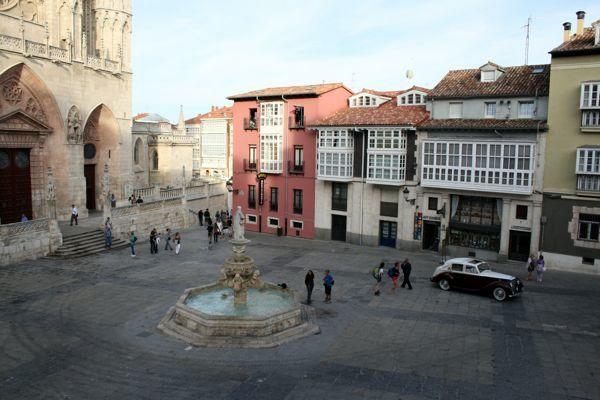 Cathedral Plaza Burgos