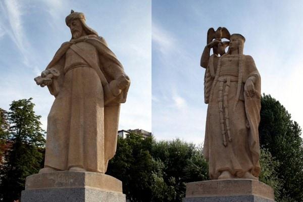statues Burgos