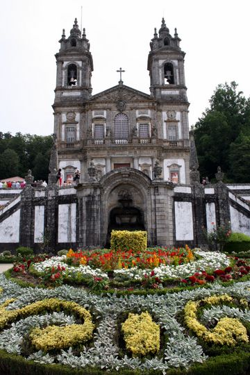 Flowers in front of Bom Jesus do Monte
