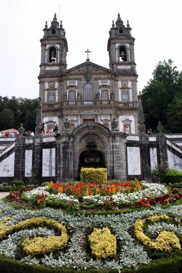 Flowers in front of Bom Jesus do Monte
