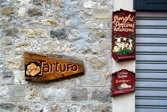 Tartufo sign