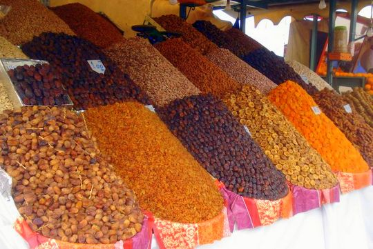 Pictures from Marrakesh: Dried fruits and nuts