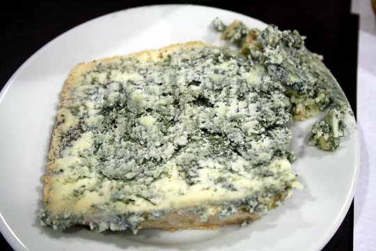 One of my favorite Spanish cheeses is sharp, blue Cabrales