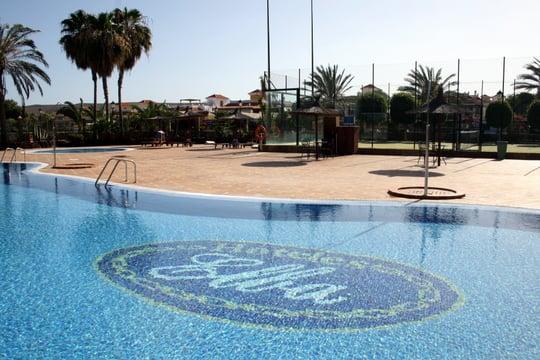 Hotel Elba Pool