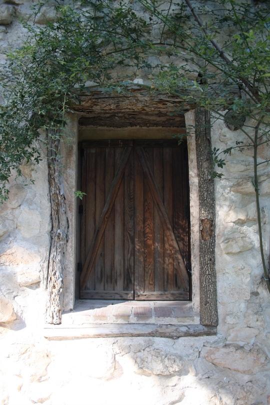 Window in the Parque del Capricho