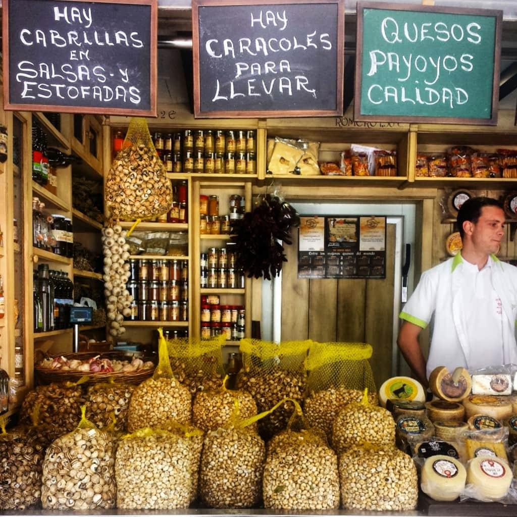 Snails for sale at Cadiz market