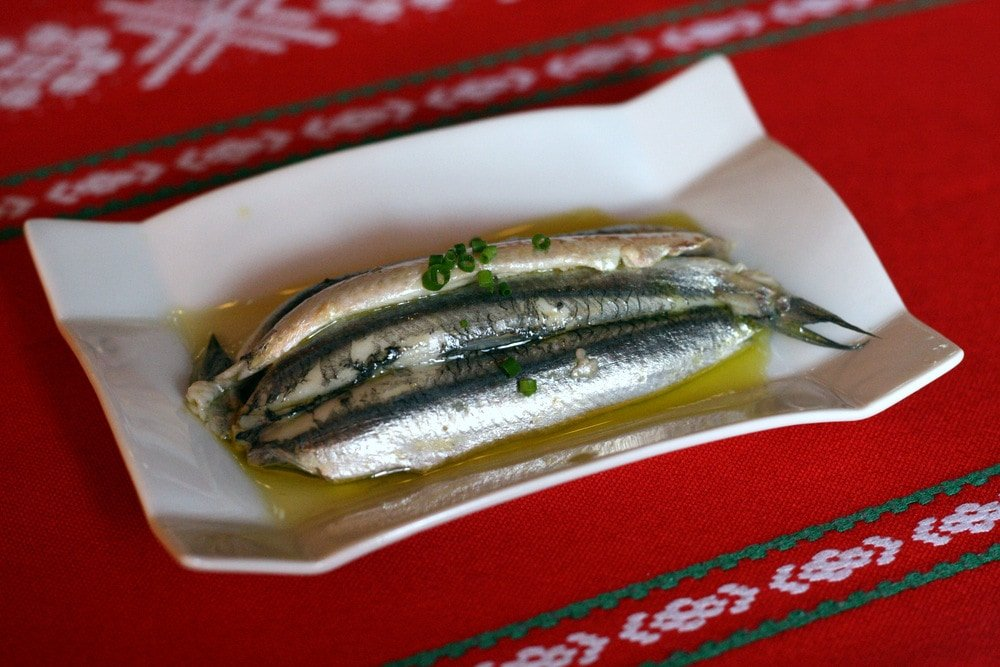 """Delicious Cantabrian anchovies, aka """"boquerones en vinagre"""" are one of the best things to eat in Spain in summer!"""