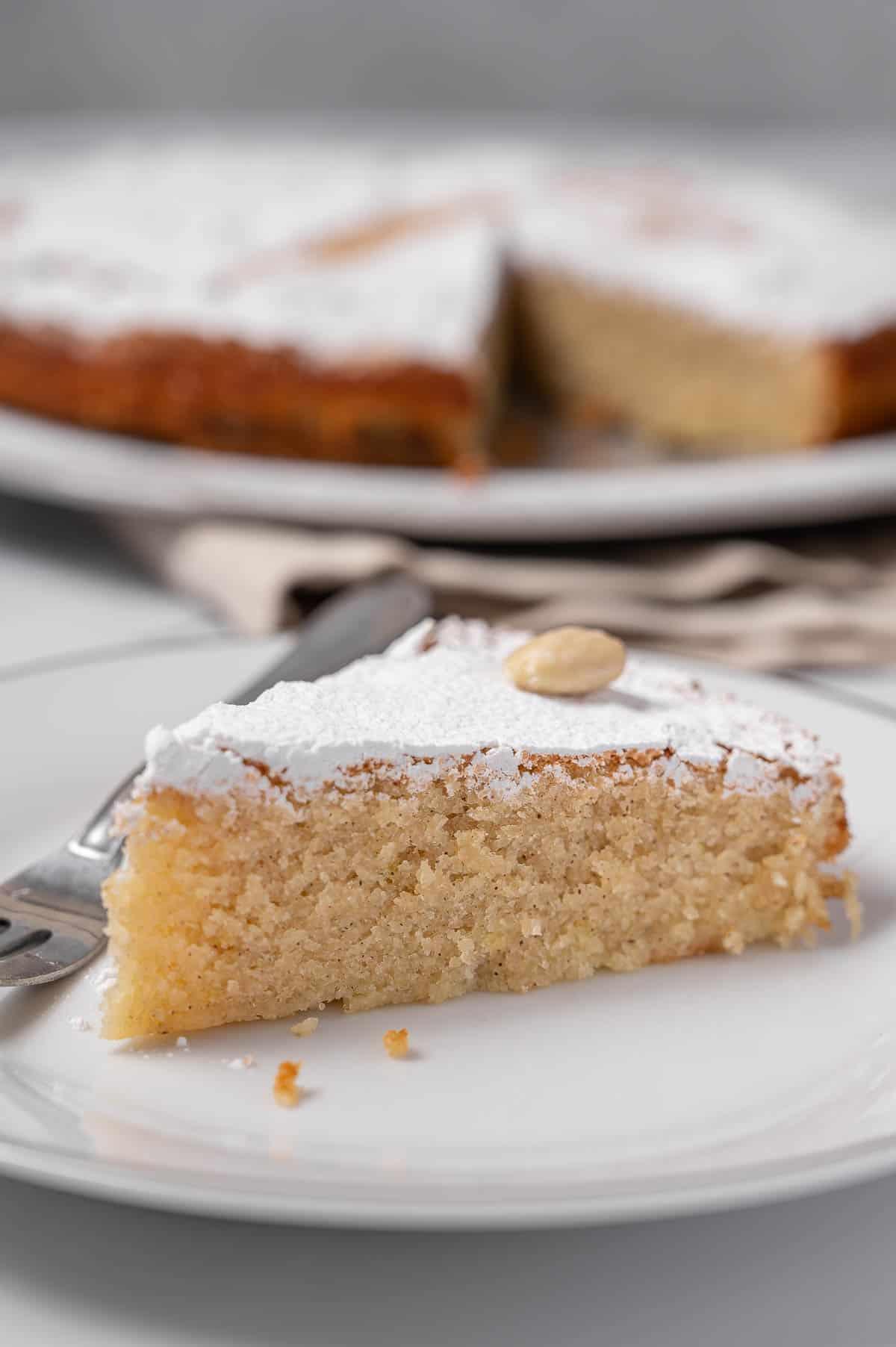 A delicious Tarta de Santiago recipe for the famous Spanish almond cake.