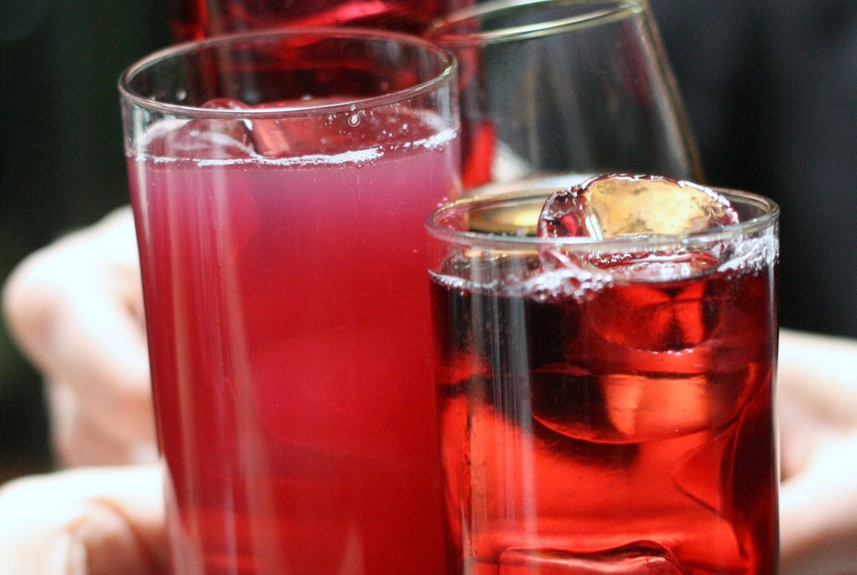 One of the best things to drink in Spain this summer is a tinto de verano!