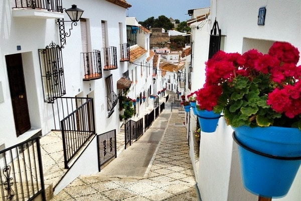 5 Absolutely Breathtaking White Villages in Malaga You Have to See