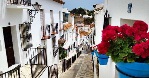 One of the top things to do in Malaga on Sundays is to get out of the city itself and explore a nearby village.