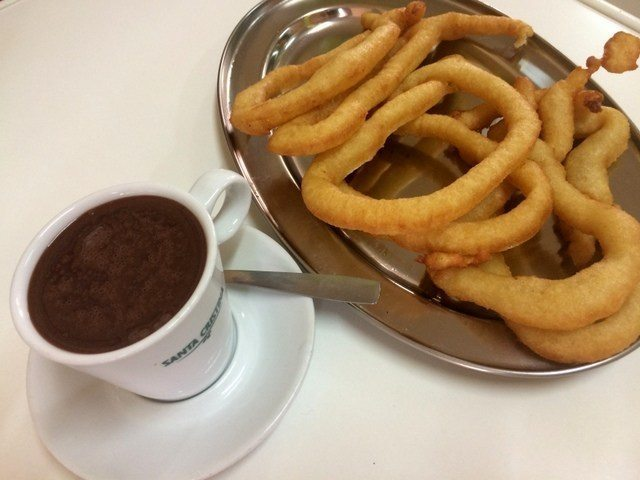 If you want to live like a local in Malaga, you really should try some tejeringos for breakfast!