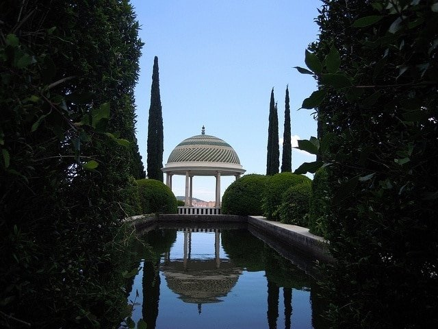 Another of the romantic things to do in Malaga is visit the Botanical Gardens