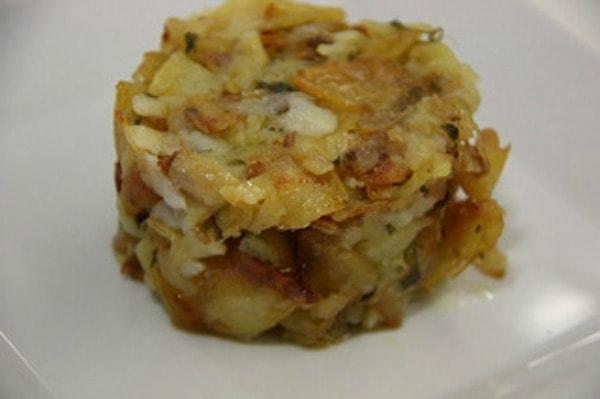"""Recipe: Poor Man's Potatoes (""""Papas a lo Pobre"""")"""