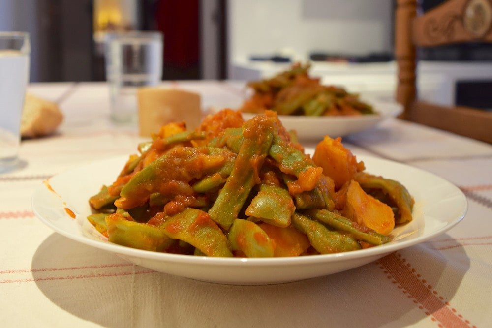 These Galician-style Spanish green beans are a great substitute for green bean casserole in my Thanksgiving menu!