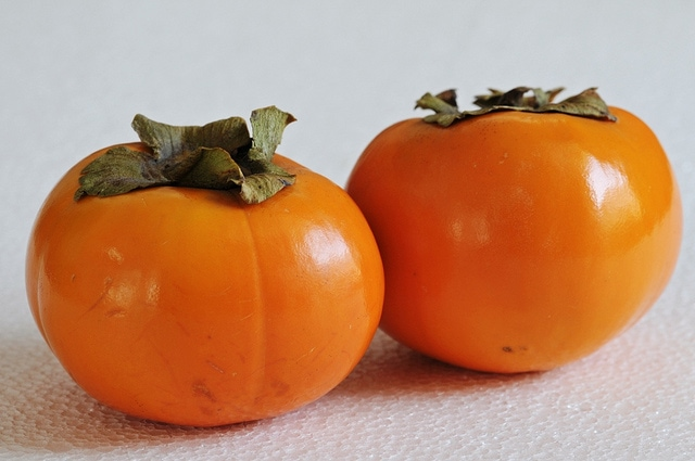 Persimmon what to eat in Spain in December