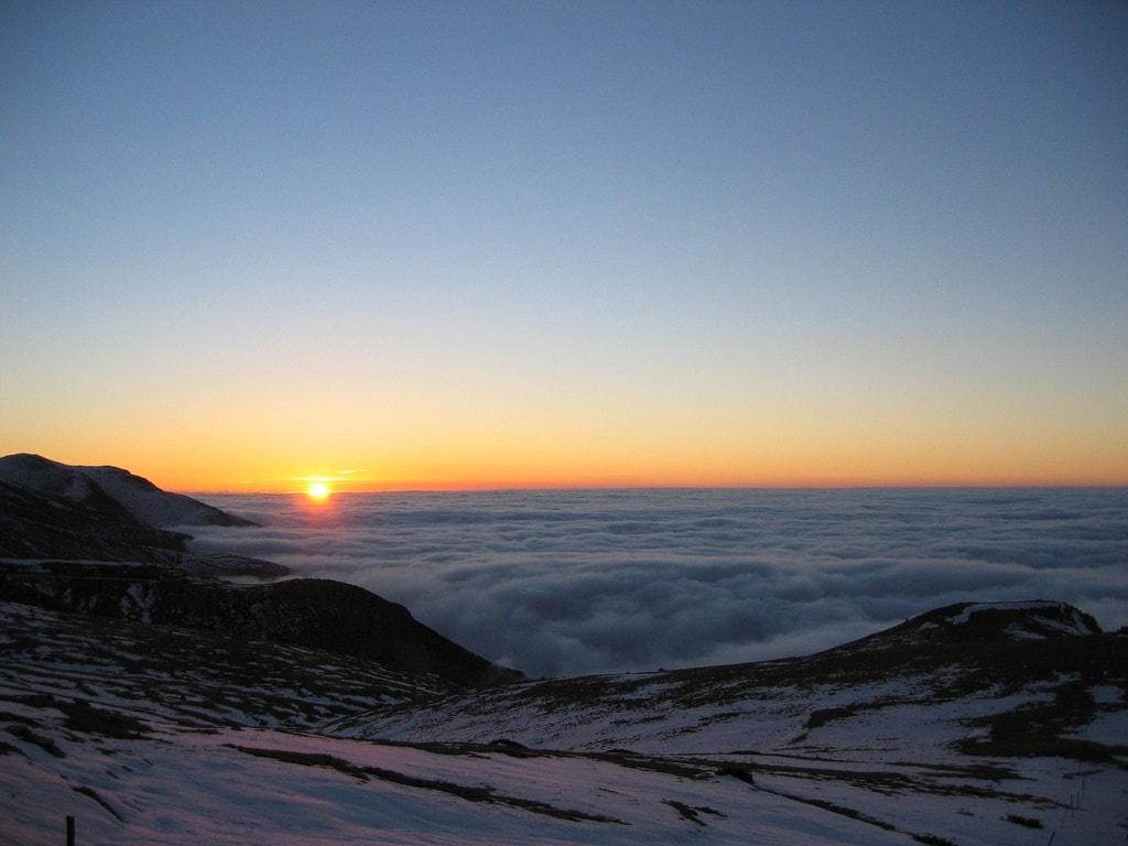 Le ski dans les Pyrénées catalanes est certainement l'une des escapades en montagne les plus magiques d'Espagne.