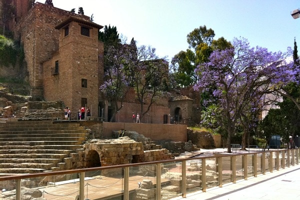 One of the fun things to do in Malaga for cruisers is to visit the city's beautiful monuments!