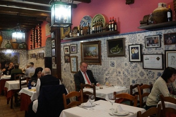 One of the best things to do in Malaga is eat great food. Meson Mariano is one of the best restaurants in Malaga.