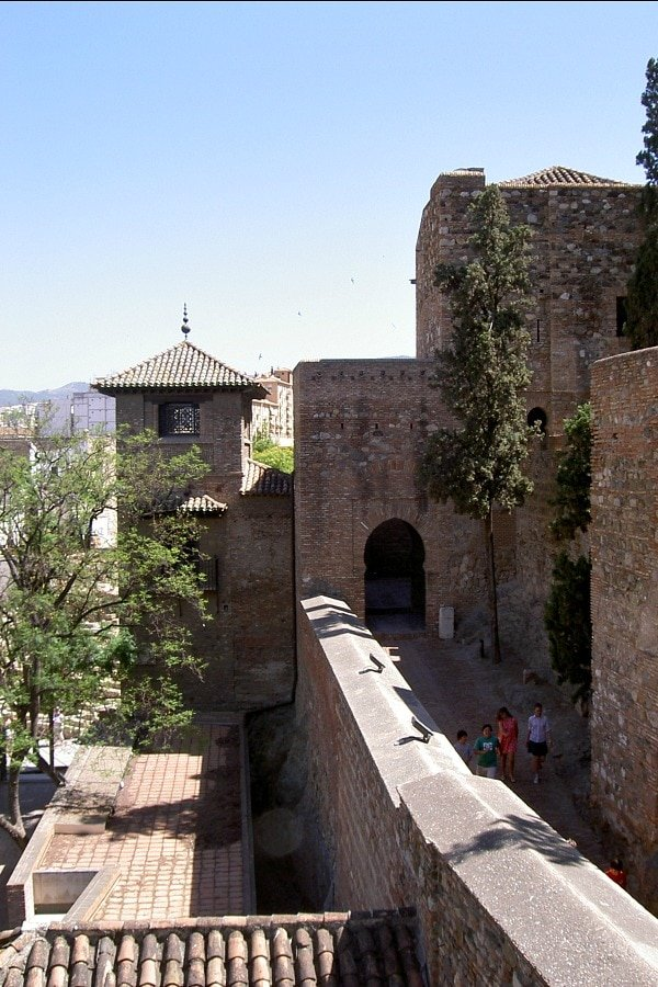 Wondering where to park your car in Malaga? Try the parking lot near this stunning monument, the Alcazaba!