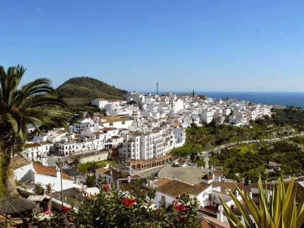 Frigiliana, with white-washed walls and beautiful countryside is certainly one of the best day trips from Malaga.